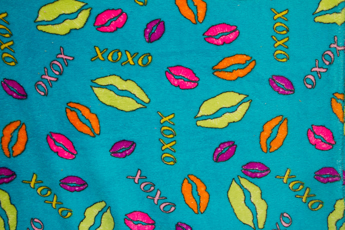 Ultra Plush Whisper Fleece Fabric--Lips & Kisses