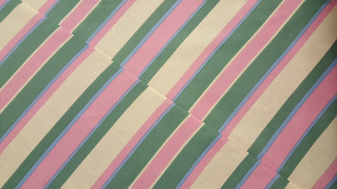 Discount Fabric POLY/COTTON - 28