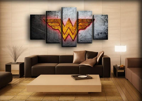 Wonder Woman - Scratched Metal Background