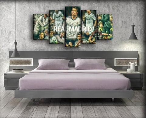 Image of Real Madrid - The Team Living Legends