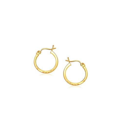14k Yellow Gold Slender Hoop Earring with Diamond-Cut Finish (15mm Diameter)