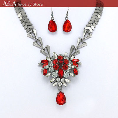 Brightly Statement Necklaces with A Bunch of Flowers Red/Black Rhinestones Fashion Jewelry  for Women Valentine's Gifts