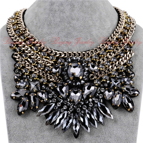 Jewelry Fashion New Women Party Exaggerate Accessories  Luxury Multicolor White Glass Crystal Choker Statement Bib Necklace