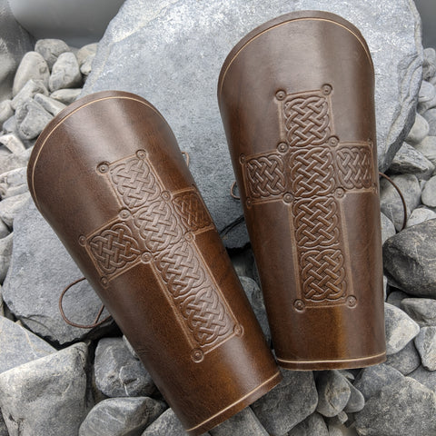 Cross full arm bracer