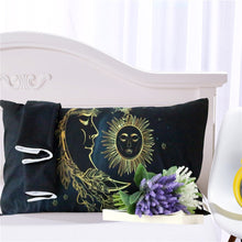 Load image into Gallery viewer, Sun and Moon Bedding Set