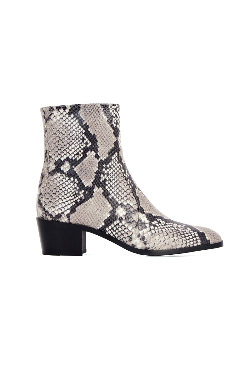 STEFFY BOOT in PYTHON