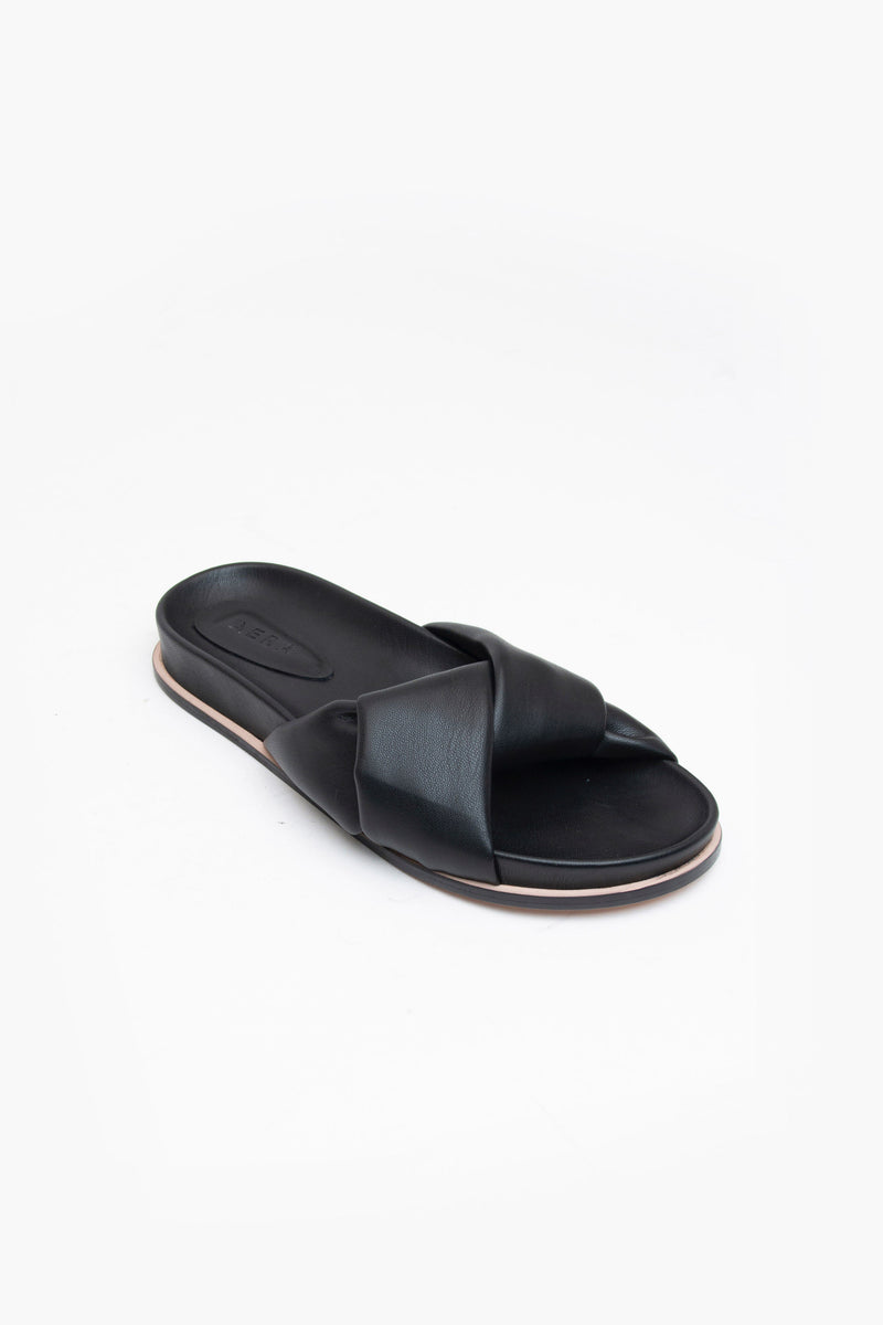 PATTY SLIDE in BLACK
