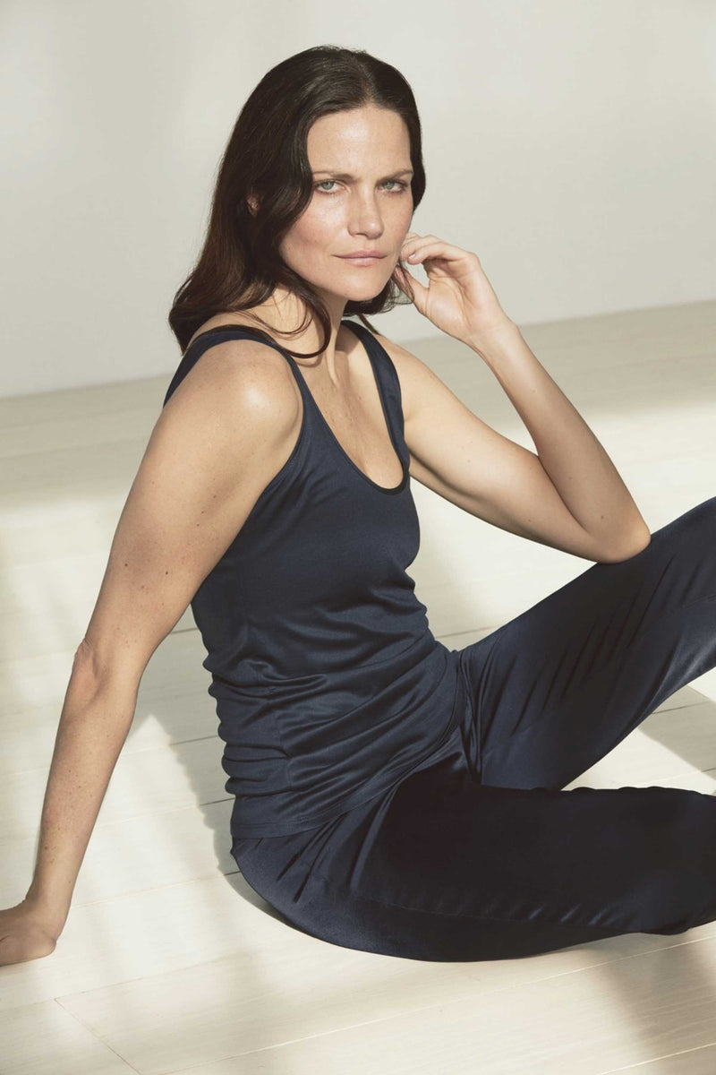 STRETCH SILK CAMISOLE TANK - MIDNIGHT