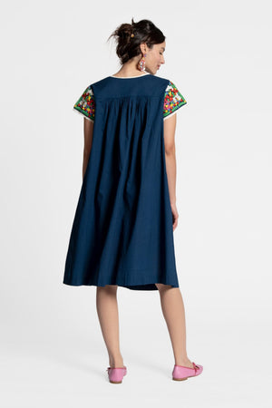 EMBROIDERED FLOWER MIDI DRESS - NAVY