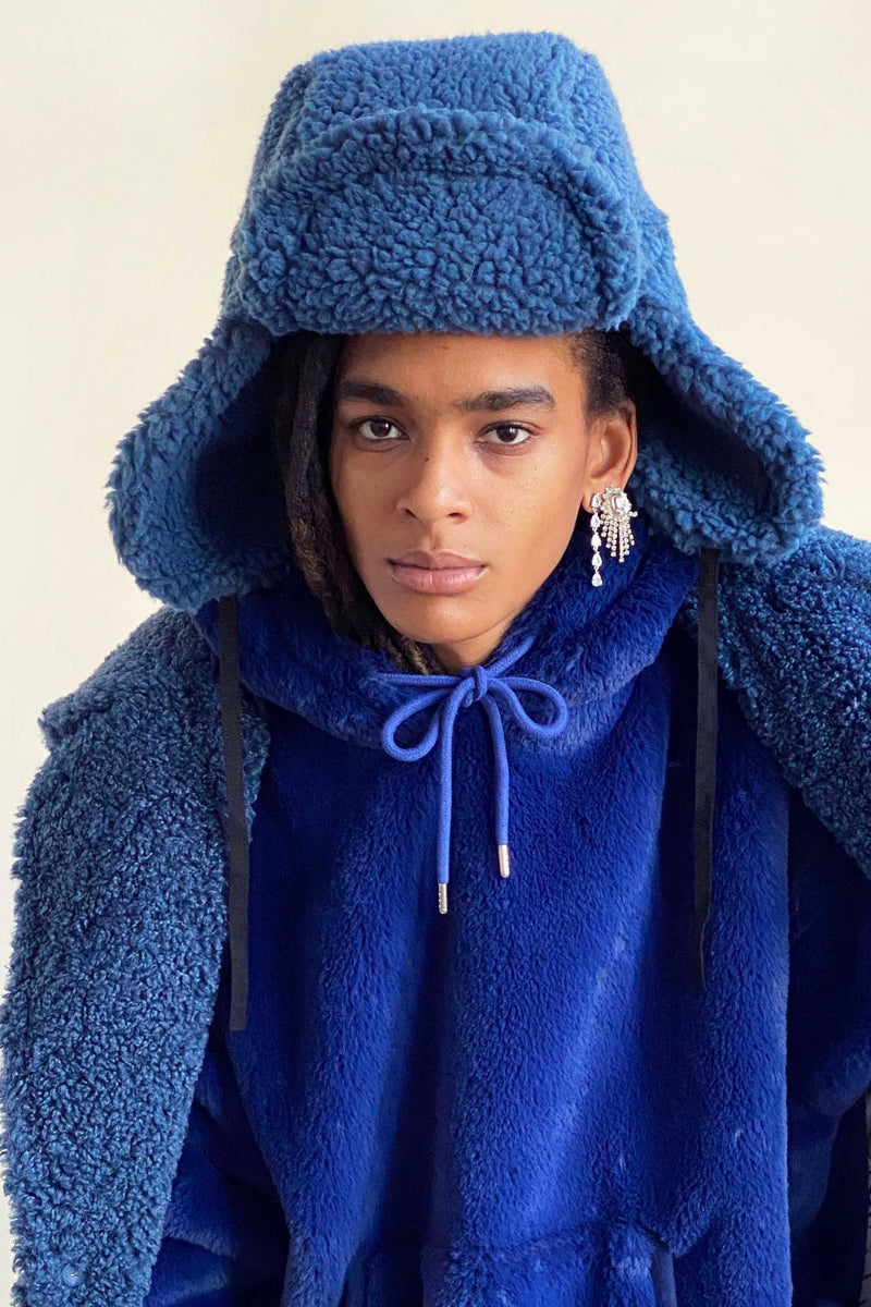 FAUX SHEARLING HAT in BLUEBERRY
