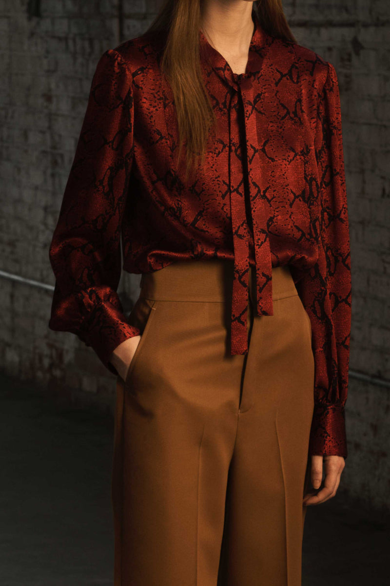 NECK TIE BLOUSE - BORDEAUX
