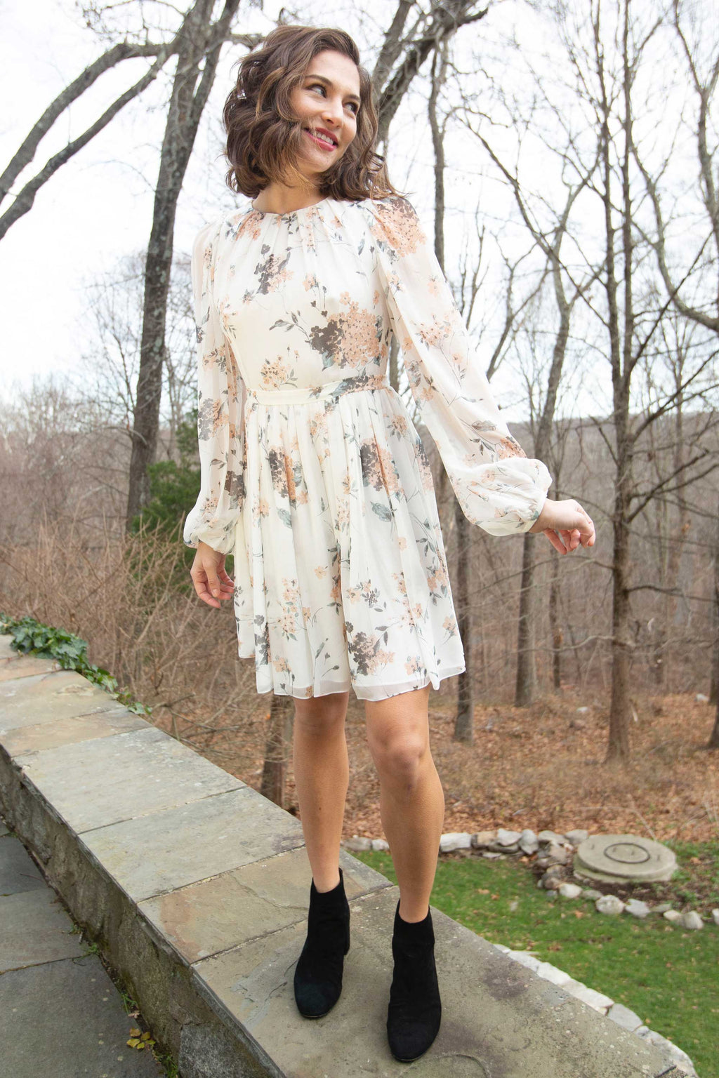 YASMEEN DRESS in WHITE FLORAL CHIFFON