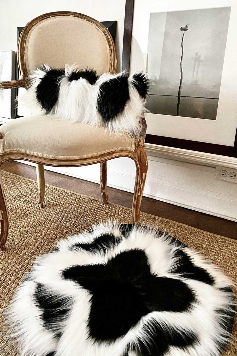 COLOBUS CIRCULAR RUG in BLACK & WHITE