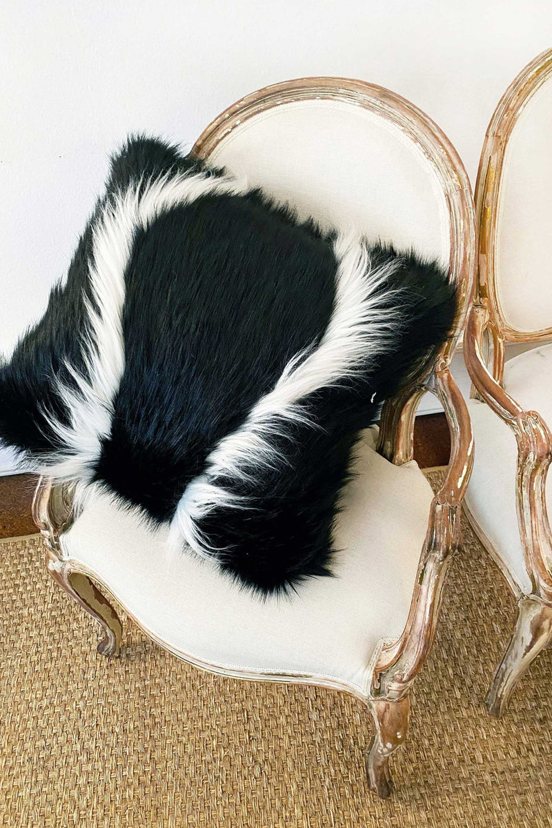 COLOBUS PILLOW in BLACK & WHITE