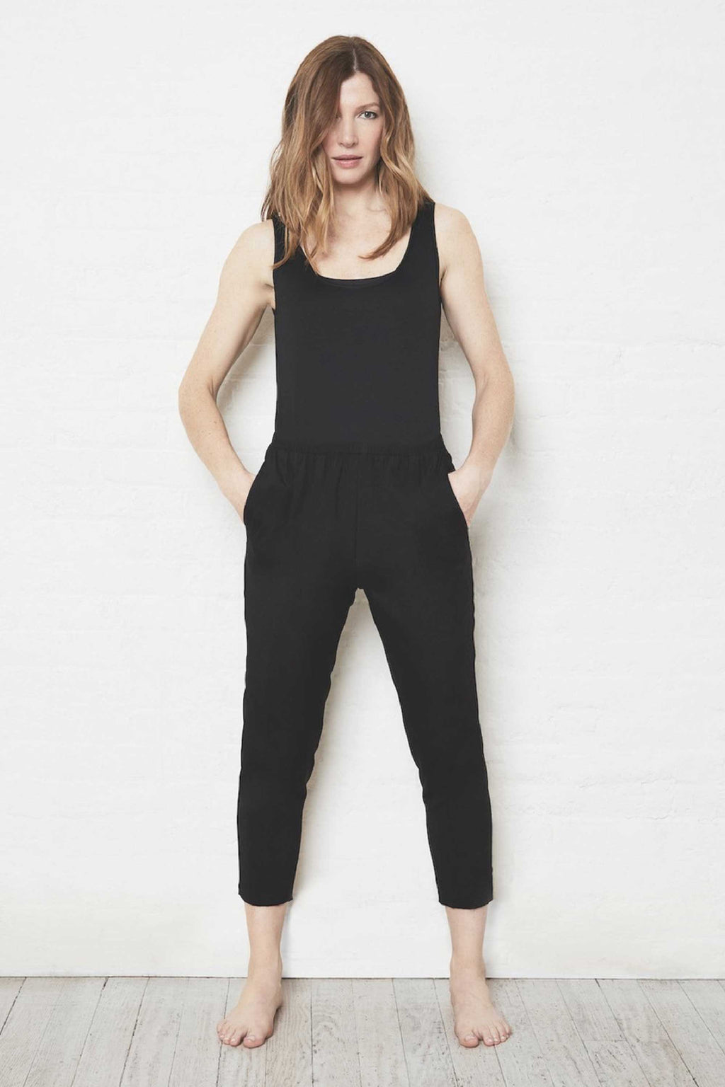 SILK CROPPED PULL ON PANT - JET BLACK
