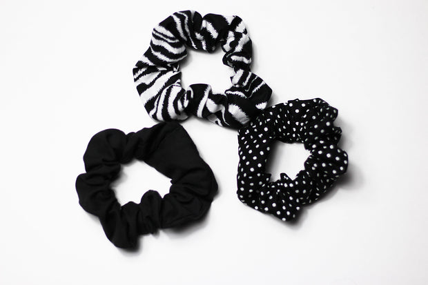 RARE. Girl scrunchie set - RARE.