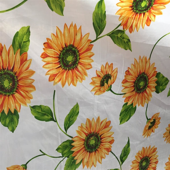 White Daisy Poly Cotton Fabric - Fashion Fabrics Los Angeles