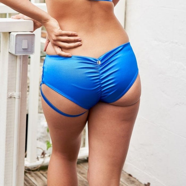 Lure You Low Waist Garter Shorts in Electric Blue