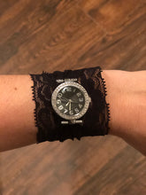Lace band watch