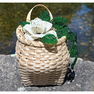 Mini Packbasket with Beaded Flowers