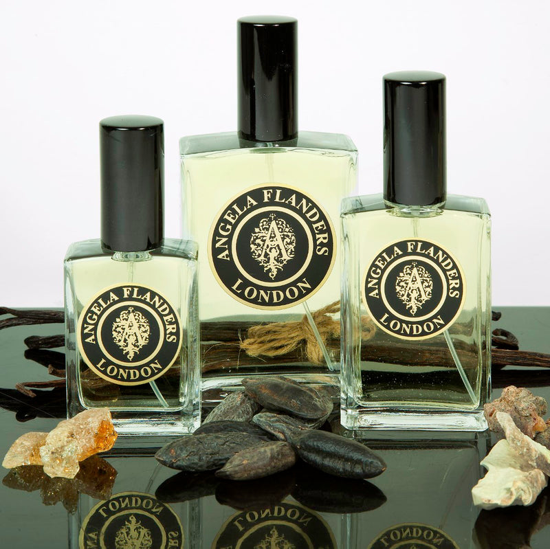Cashmere Noir Scent of the Month