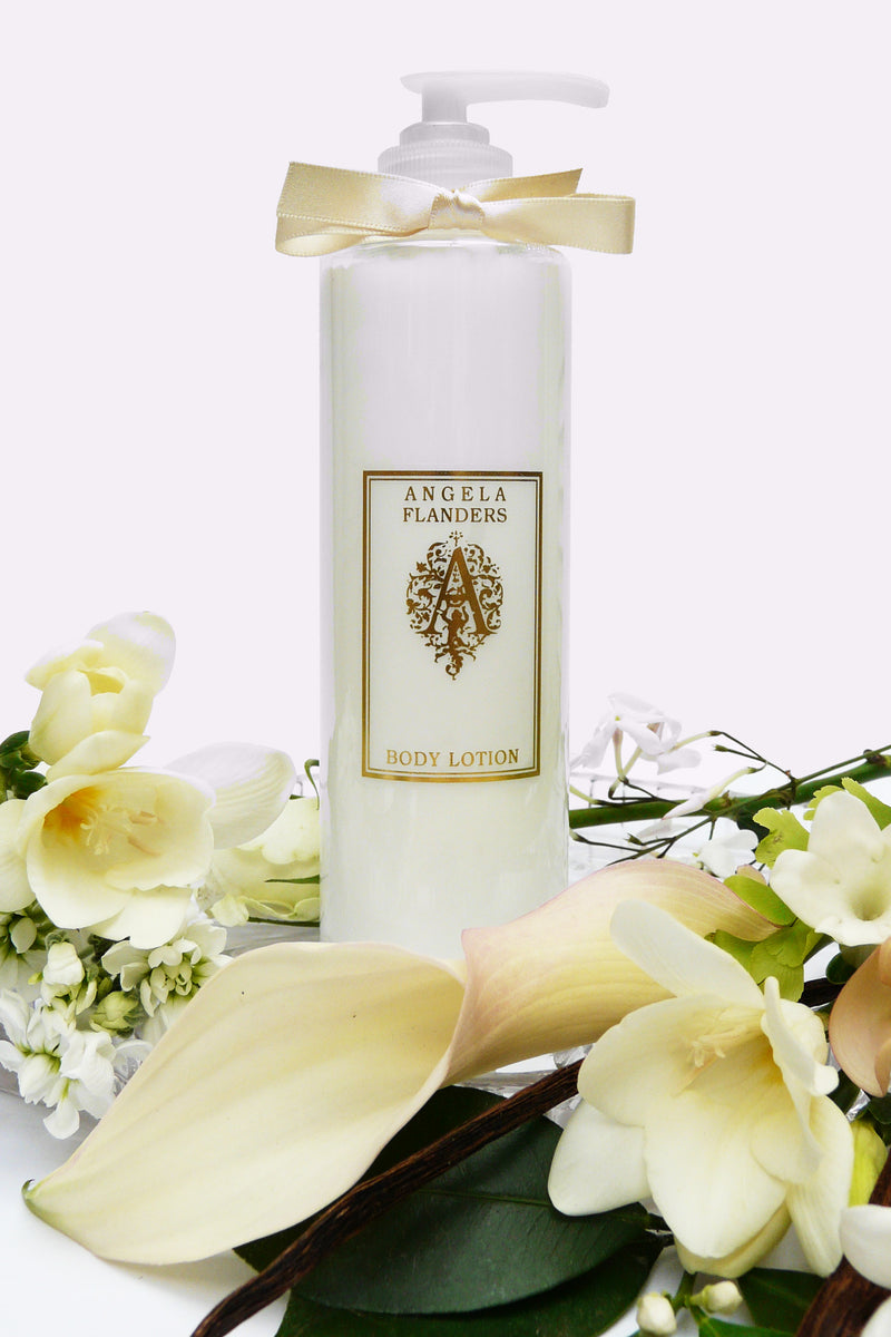 Bouquet d'Amour Bath Silk