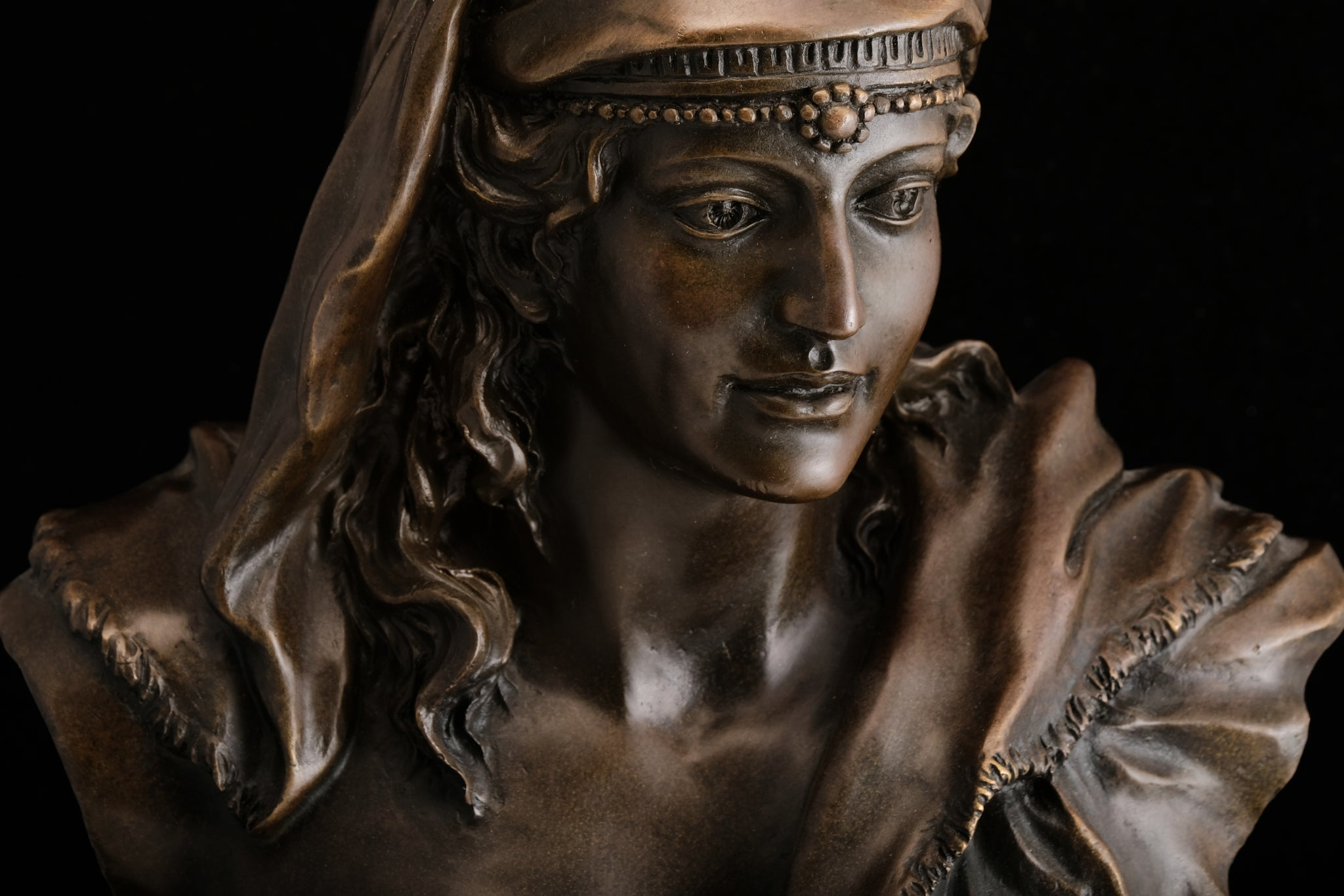 Contemporary Bronze Bust.