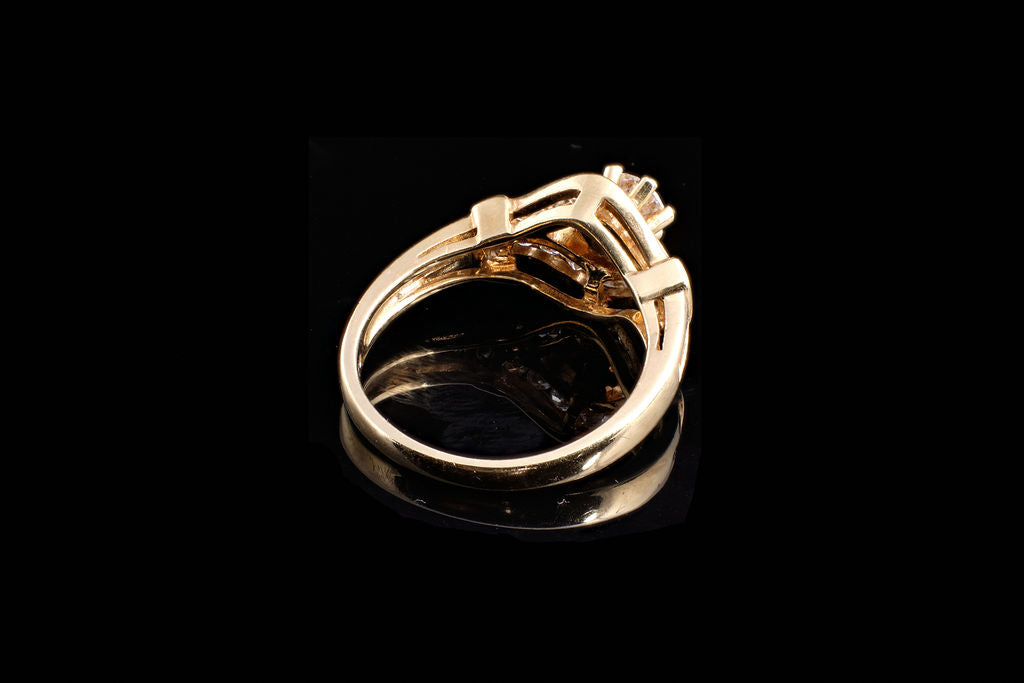 Vintage Gold and Diamond Solitaire Ring.