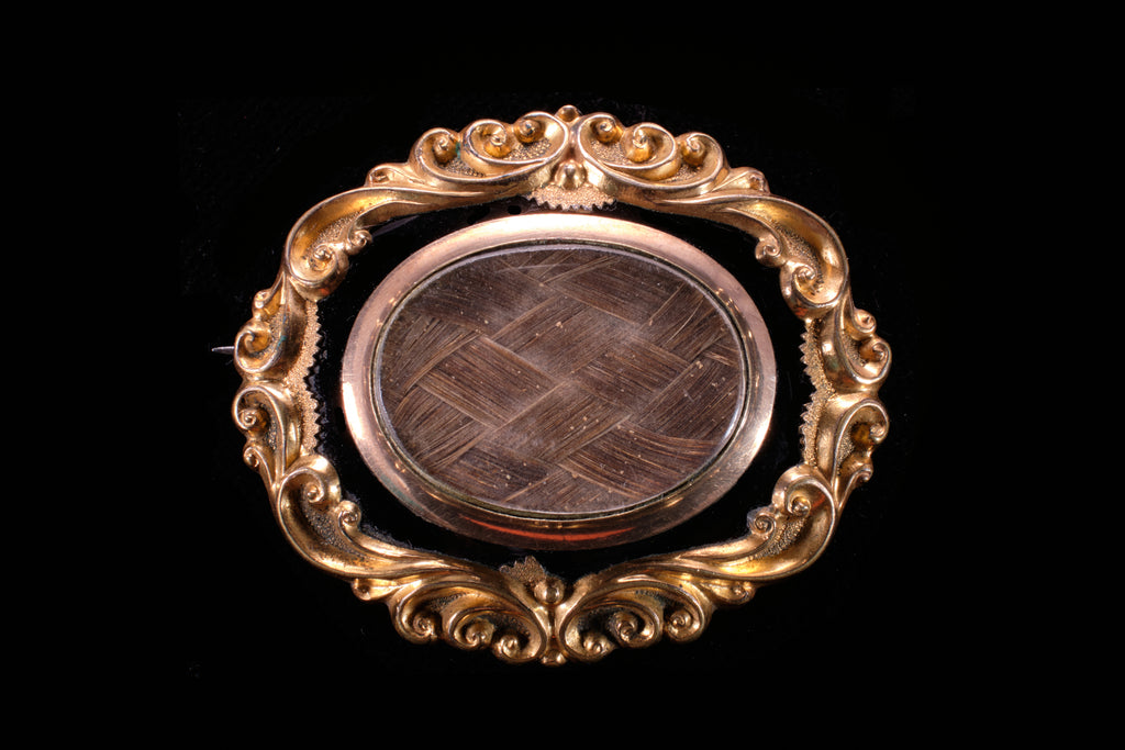 Victorian Gold and Black Enamel Mourning Brooch.