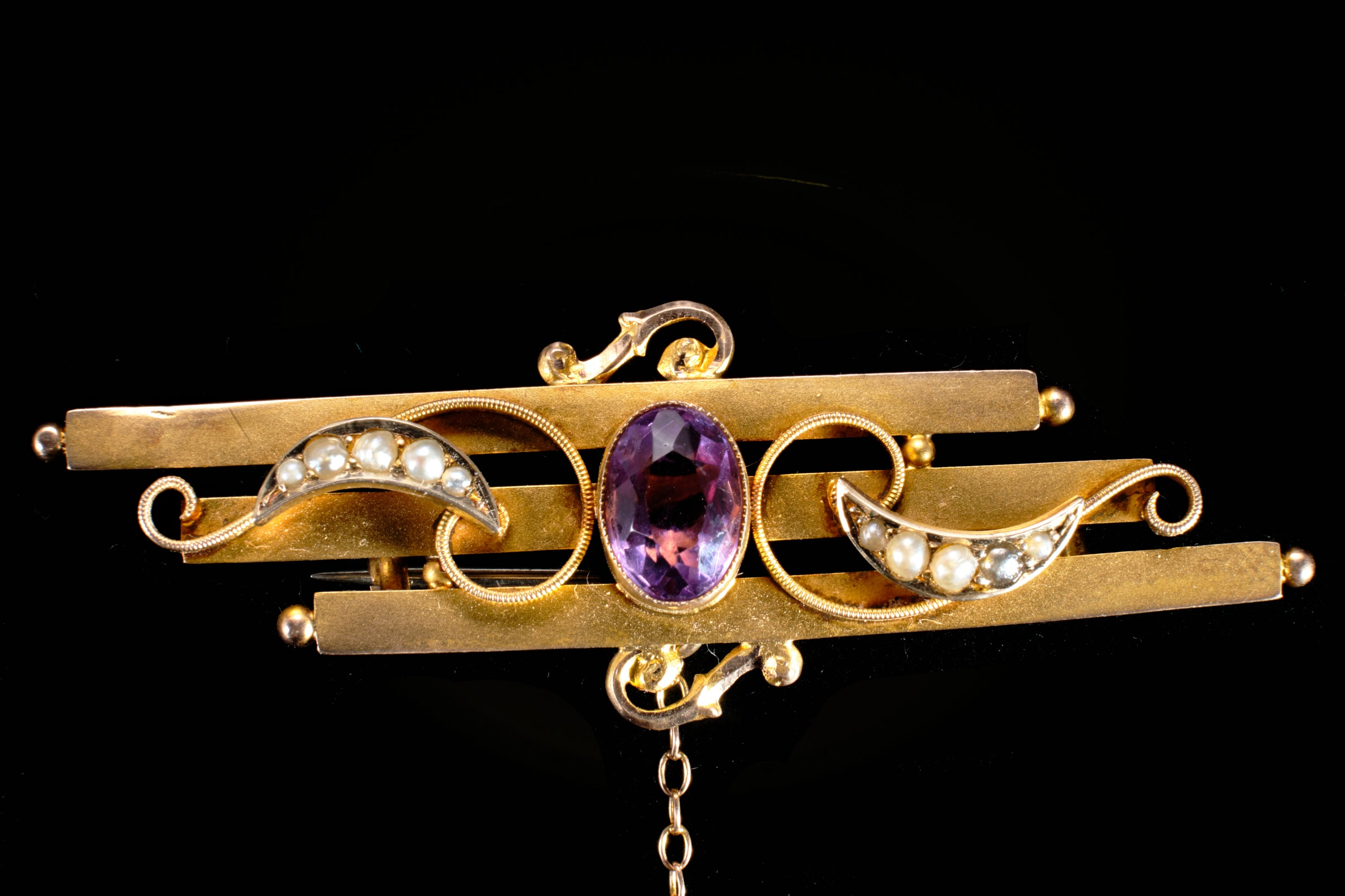 Victorian Gold Amethyst and Seed Pearl Bar Brooch.