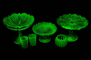 "Davidson's Pearline ""Uranium"" Glass Comport."