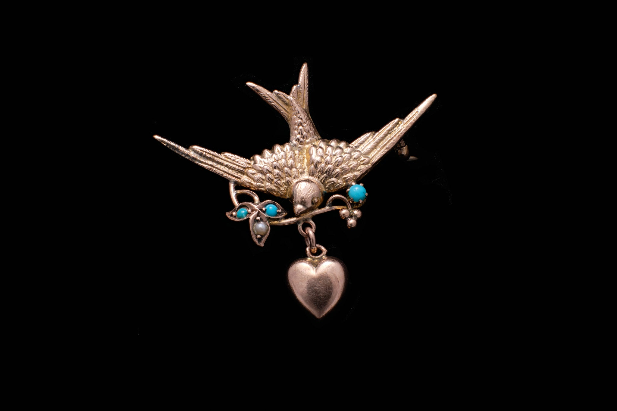Victorian Gold and Torquoise Swallow Brooch.