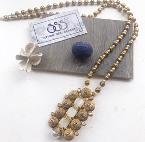 PEARL/GOLD NECKLACE