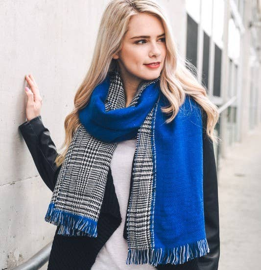 Reversible Houndstooth Scarf