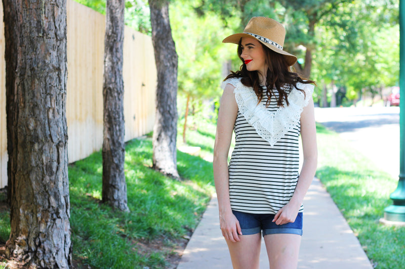 Lace Contrast Stripe Top