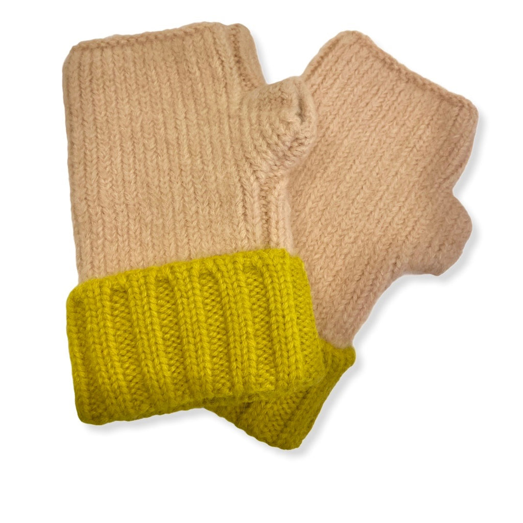 Cable Knit Fingerless Mitten Gloves