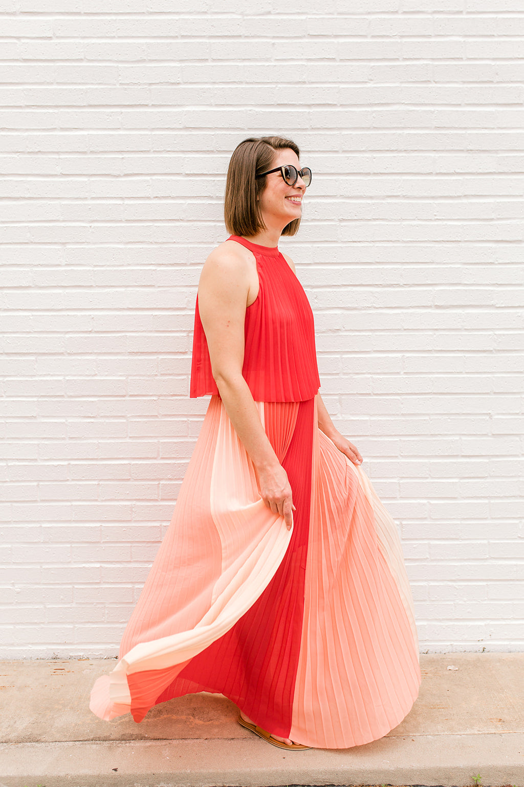 Color Block Pleated Halter Dress