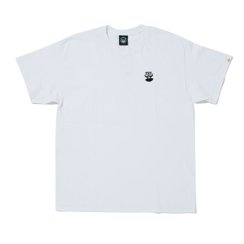 DISTRESSED TOY EMBRO SHORT SLEEVE TEE -WHITE-