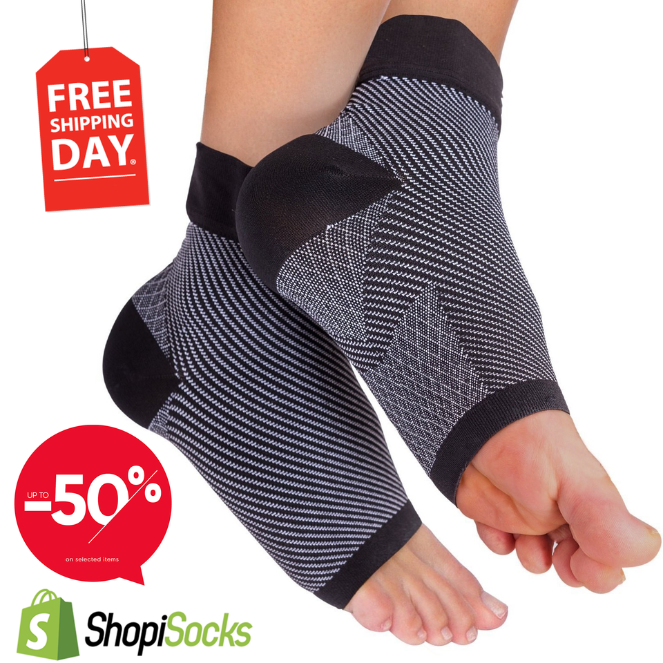 b960cff235 ... Plantar Fasciitis Socks with Arch Support Ankle Support for Men and  Women, Ankle Compression Socks ...