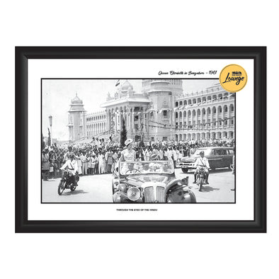 Queen Elizabeth in Bangalore Photo Frame