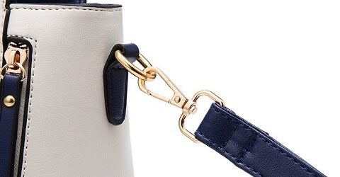 Paha Jim handbag can be transformed from a crossbody bag to a top-handle bag to suit your ensembles.