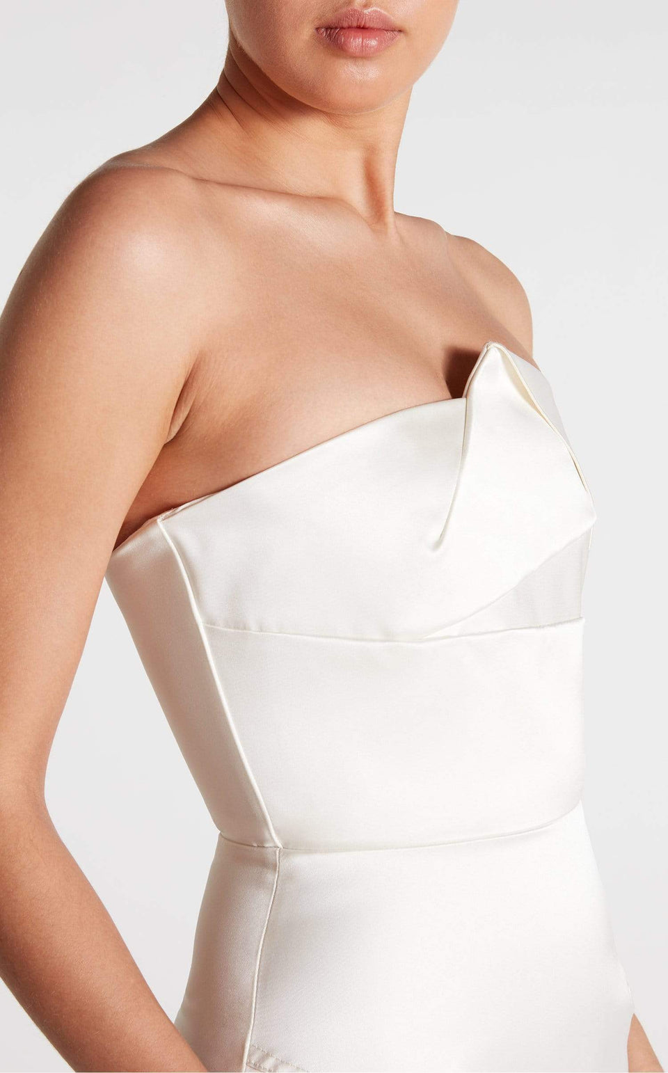 Abella Gown In White from Roland Mouret