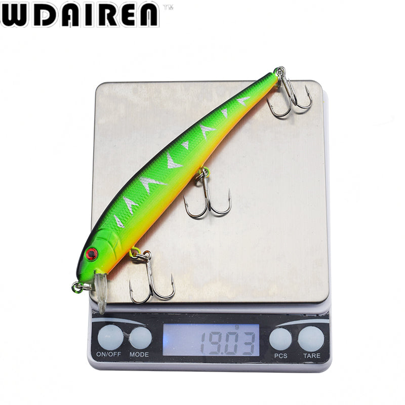 HIGH QUALITY GOOD SIZED MINNOW FISHING LURE SET . 5 pieces per package. Made of hard plastic. 13 cm long & 19.5 gms