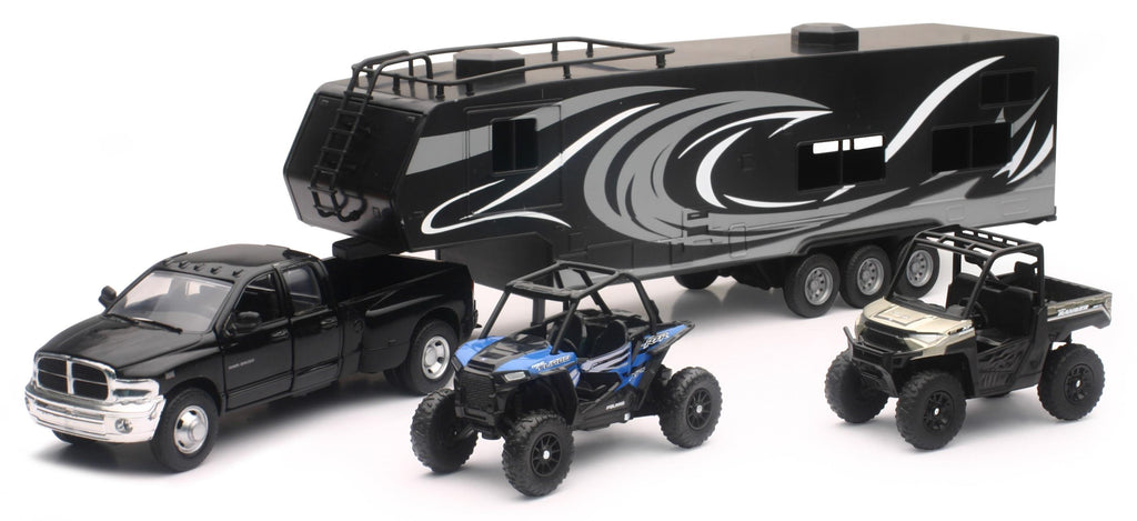 New Ray Toys 37046 Replica Scale 1 Ton Dually Truck with Toy Hauler and 2 Polaris UTVs