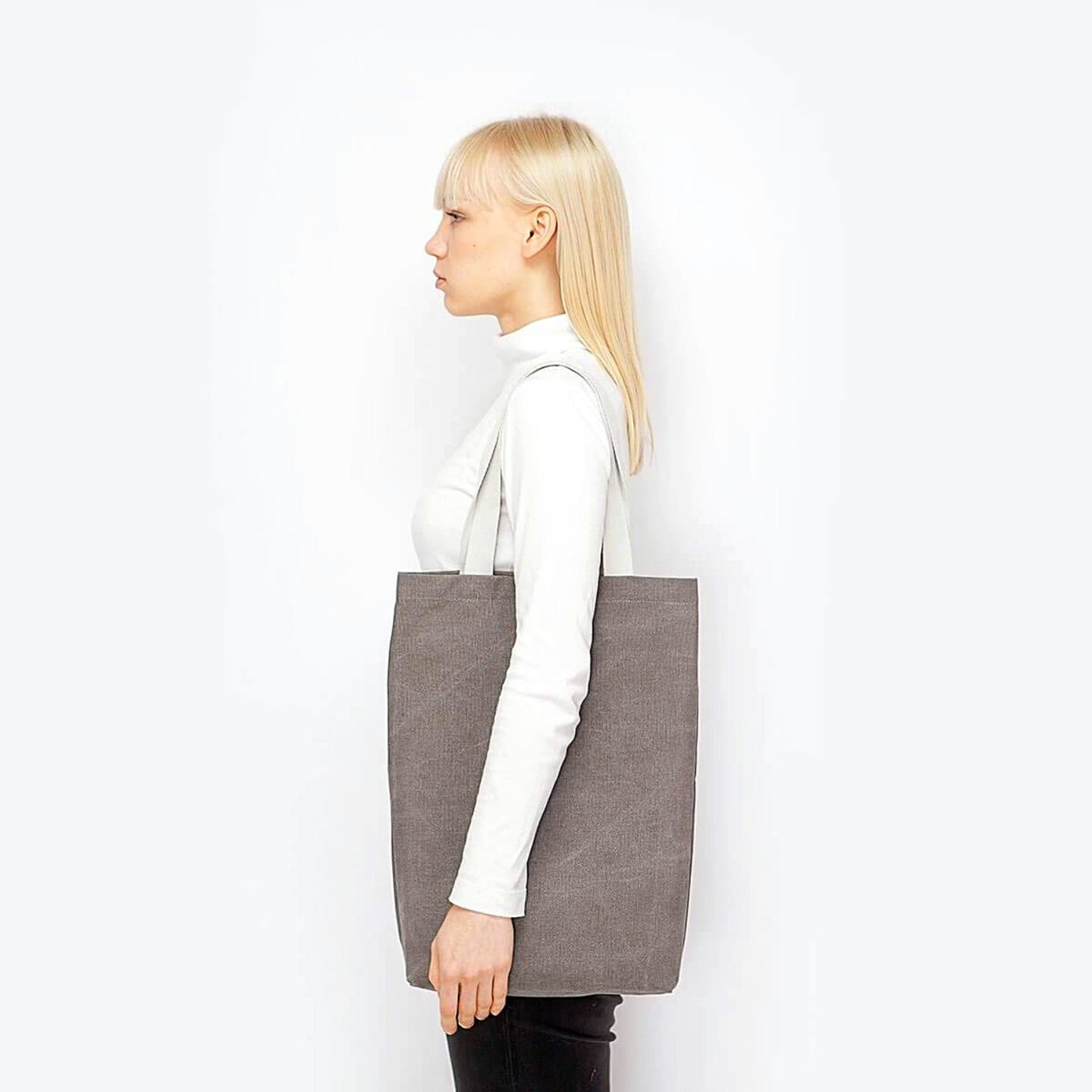 FINN BAG ORIGINAL IN GREY - Harvest Beauty