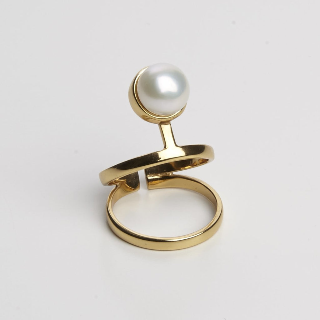 Pearled knuckle ring Cornelia Webb Rings bridal Classic Core Pearl Pearled
