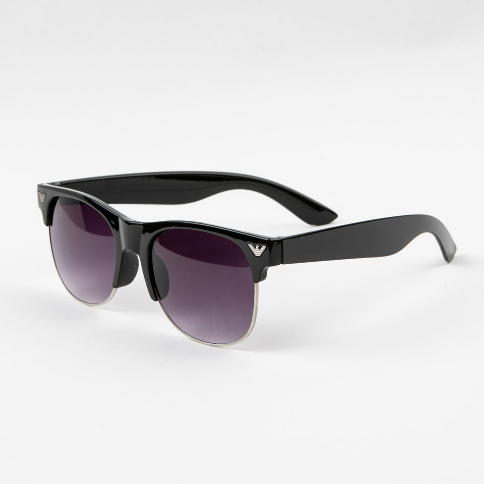 Armni Classic Sunglasses with Protective Case