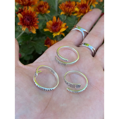 DWELL WRAP RING