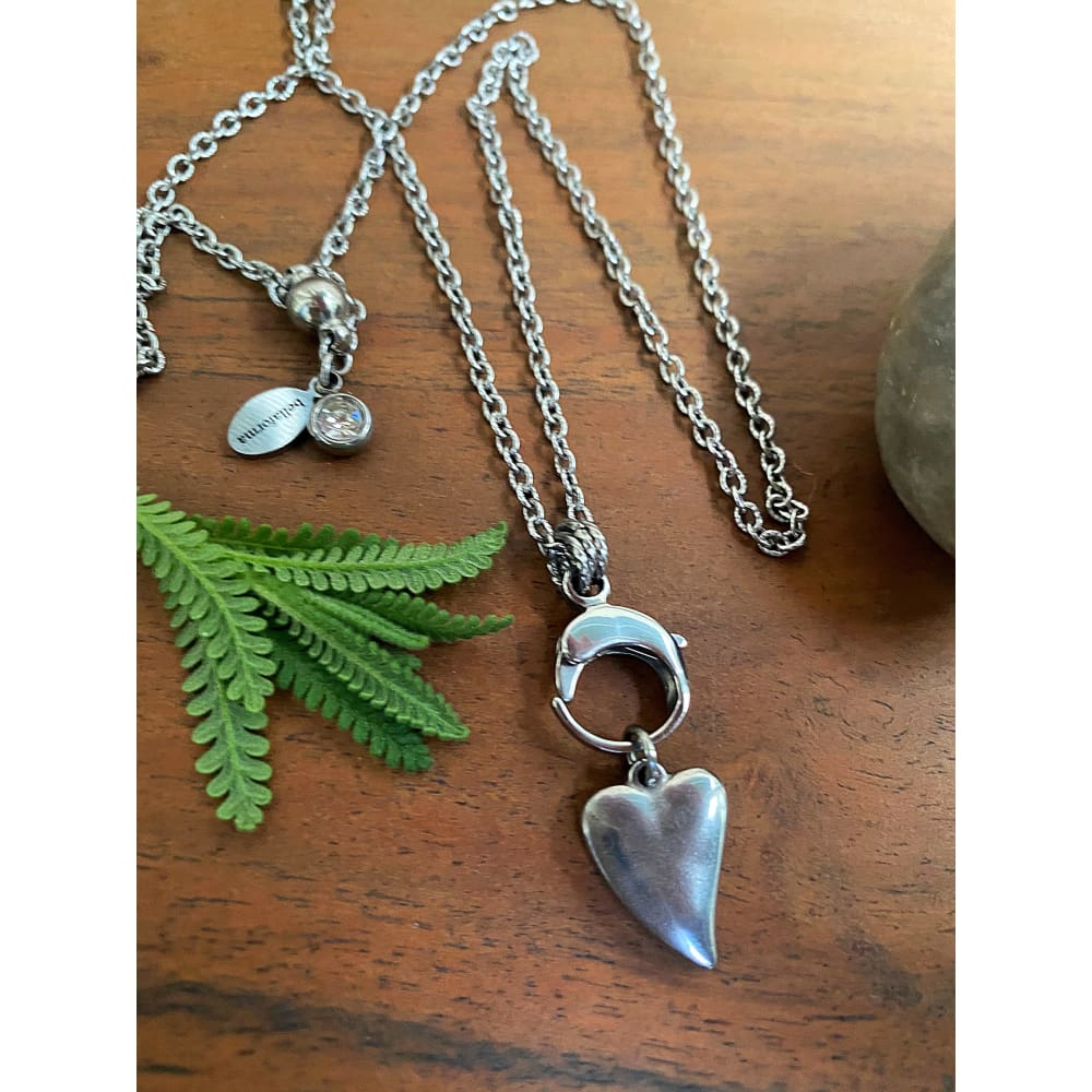 BLISSFUL HEART NECKLACE