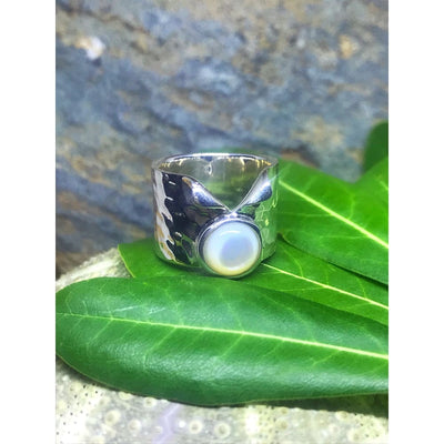 PEARL LAPEL RING